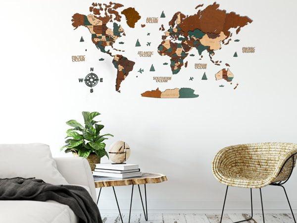 Багатошарова дерев'яна карта у коричневих та зелених кольорах